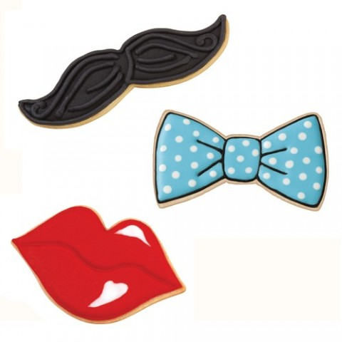3 emporte pieces Moustache. levres. nœud papillon