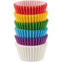 Wilton - 150 mini caissettes cupcakes arc en ciel en papier