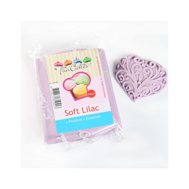 Pate à sucre violet clair Funcakes 250 gr