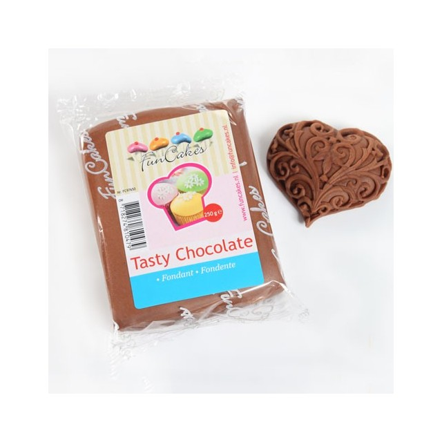 Pate à sucre chocolat Funcakes 250 gr